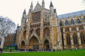 Why should you visit Westminster Abbey?