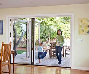 Ce material alegi pentru o usa din lemn?