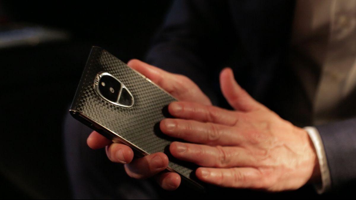 Un device Android conceput pentru securitate – Sirin Solarin