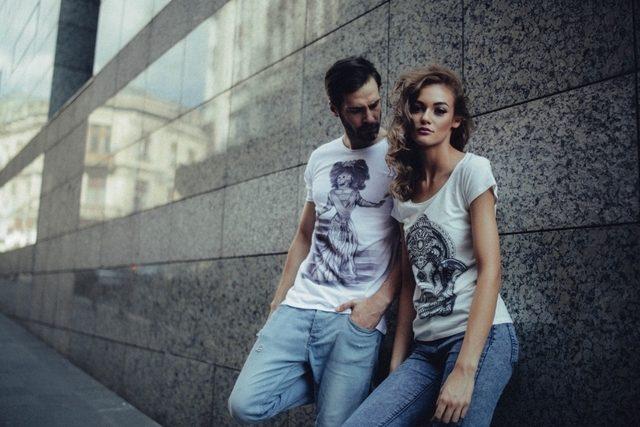 Ce tricouri poarta tinerii?
