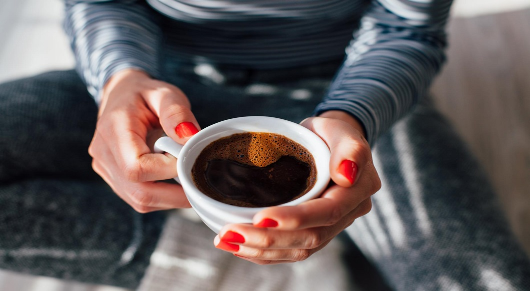 Cum sa stati treaz fara cofeina?