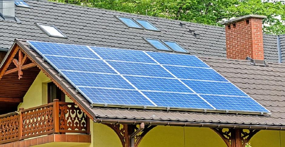 De cate tipuri sunt panourile solare?