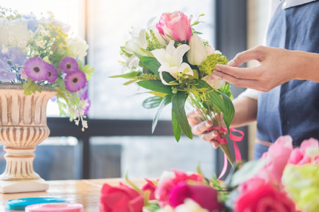 Cum sa decorezi cu flori