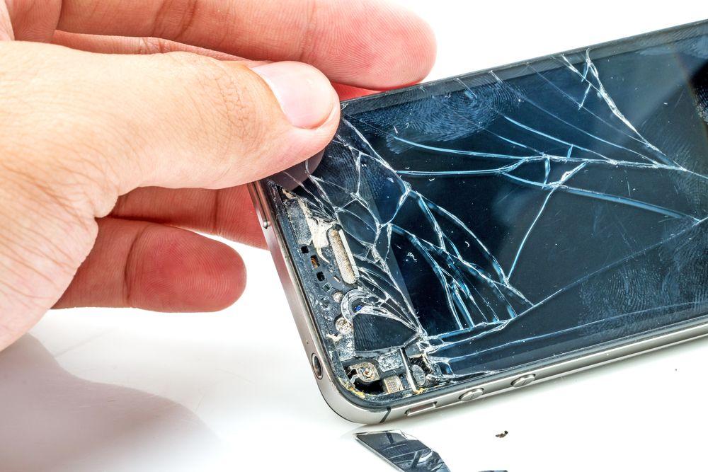 Inlocuire display iPhone – ecranul unui iPhone 6