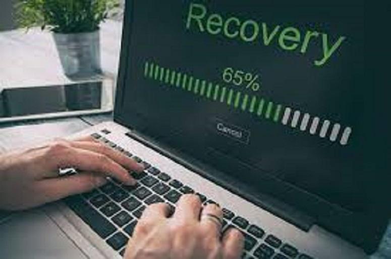 Cum recuperezi datele de pe un laptop formatat sau defect