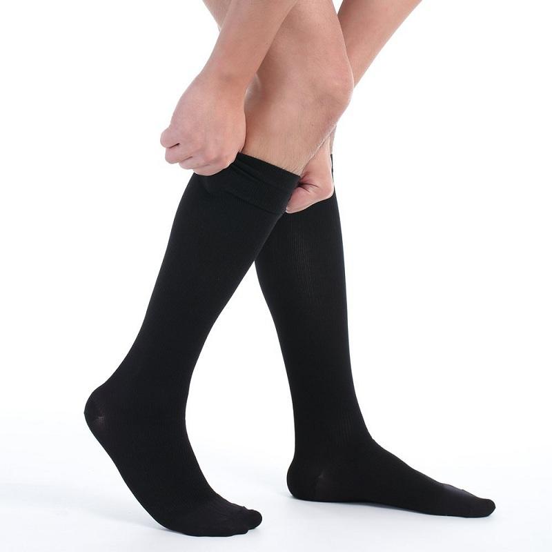 Cand sunt necesari cei mai buni ciorapi medicinali barbati?