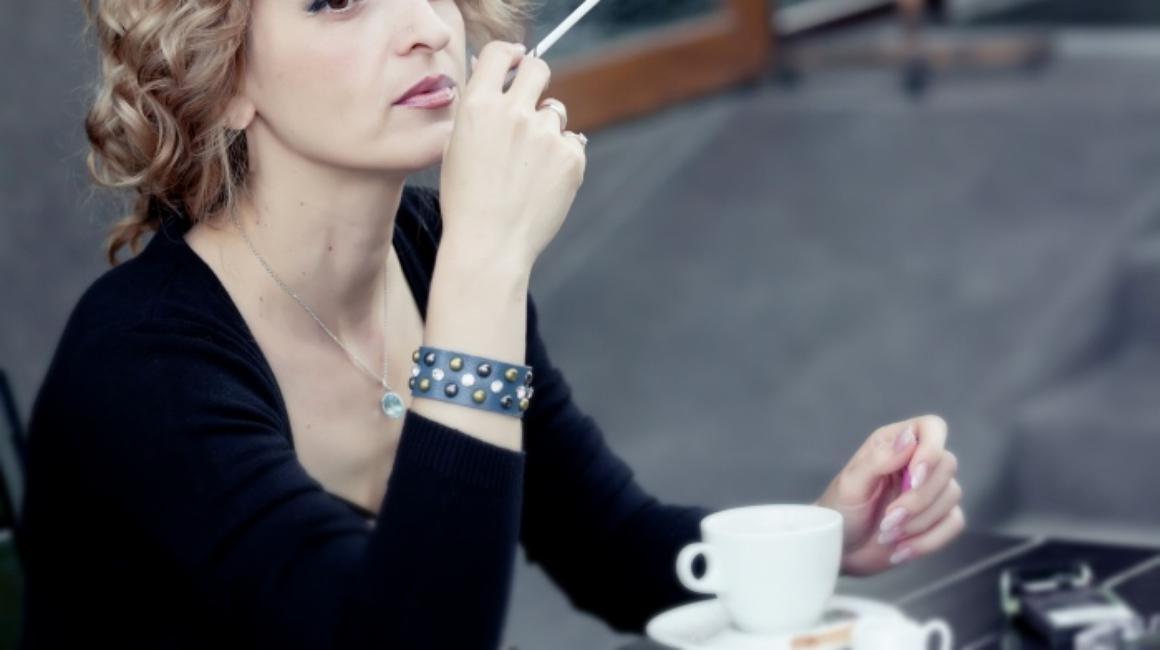 Cand si de ce beau oamenii cafea?