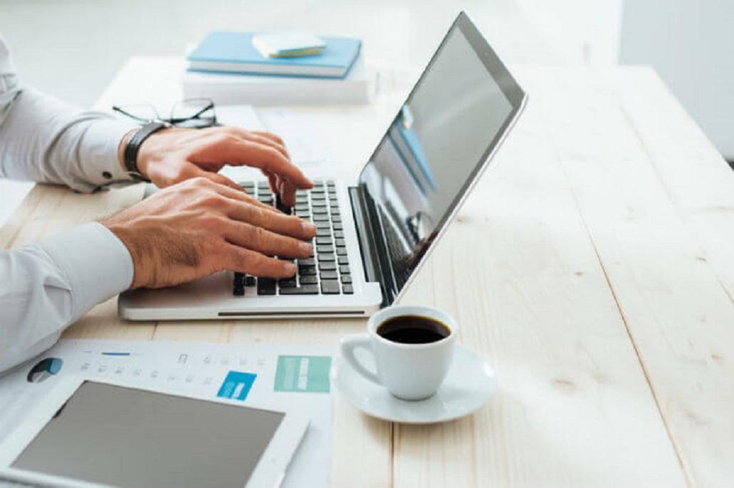 Ce trebuie sa urmariti cand cumparati un laptop de la amanet?