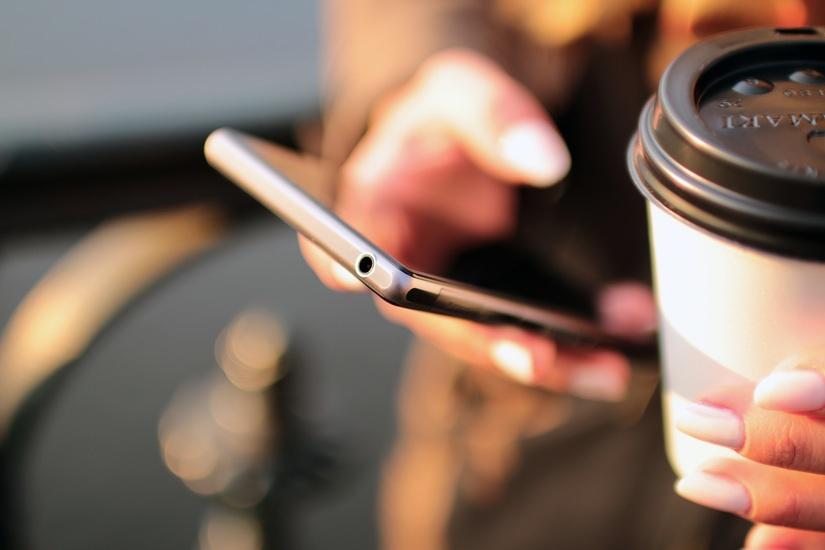 Aplicatii smartphone pentru a va planifica calatoria