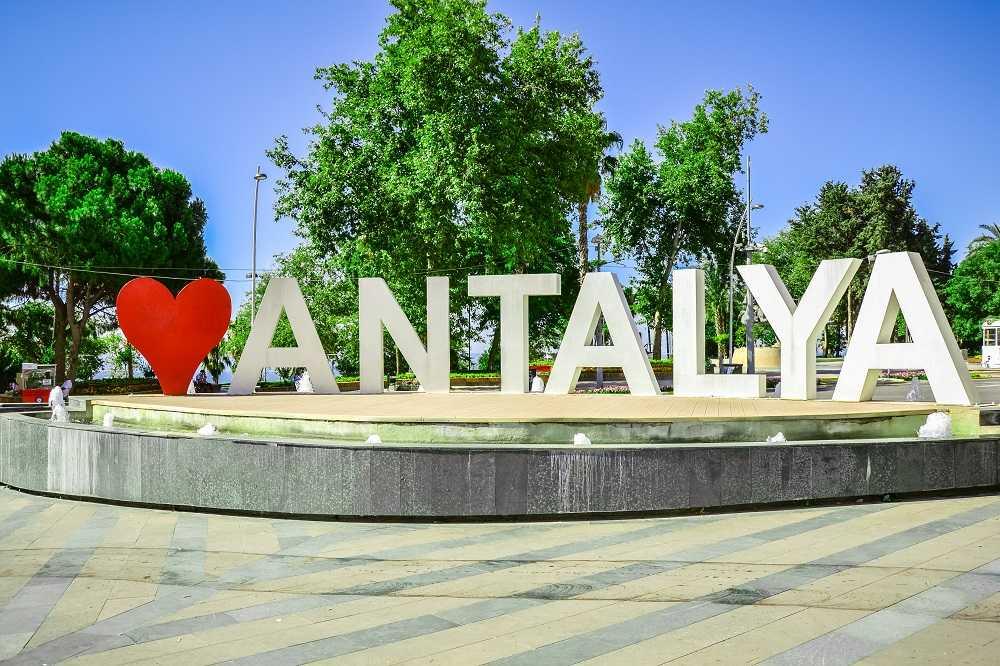 Alege Antalya pentru o aventura culturala si istorica