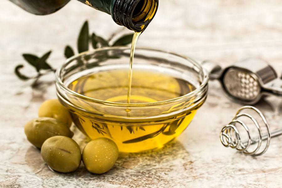5 mituri despre uleiul de masline