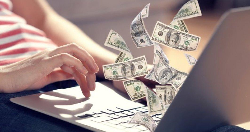 Bani cu ajutorul internetului ?